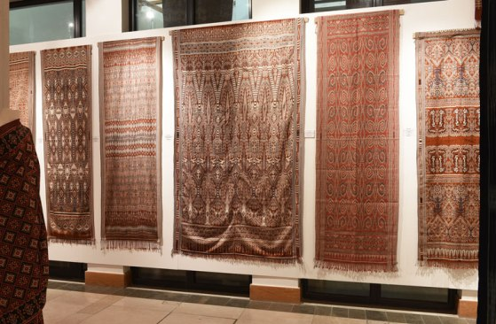 World Ikat Textiles from Malaysia