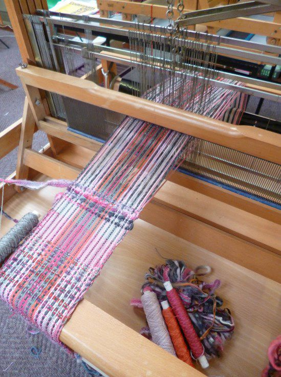 Weaving on a 4 shaft loom – 25 to 29 July – Cottenham, Cambs.